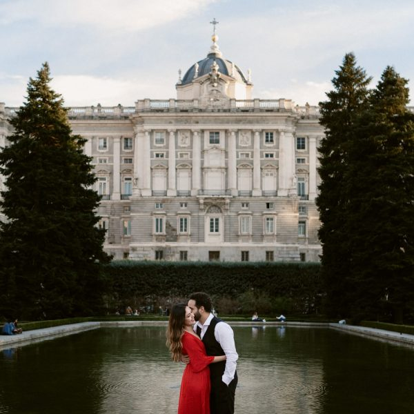 Elegant Couple Session at Imperial Palace with Luzmaría & Ramses