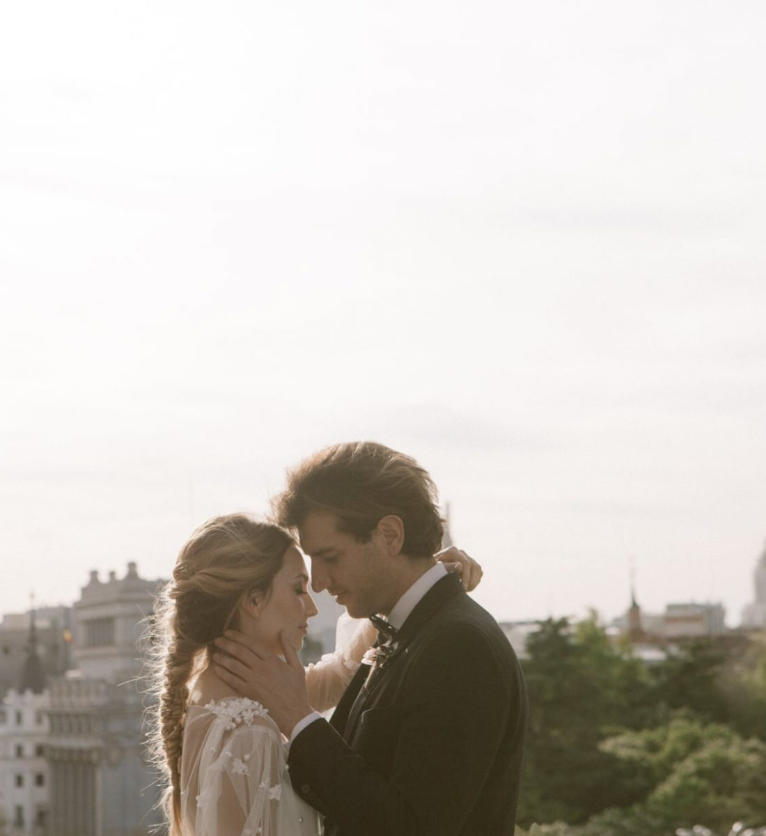 Urban And Elegant Photo Shooting Inspiration Wedding In The