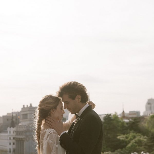 Urban and elegant Inspiration Wedding in the center of Madrid