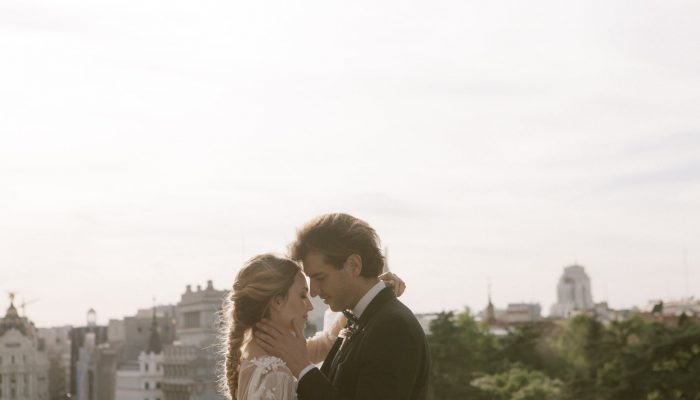 Inspiración: una boda urbana y elegante en el Palacio de Cibeles, Madrid